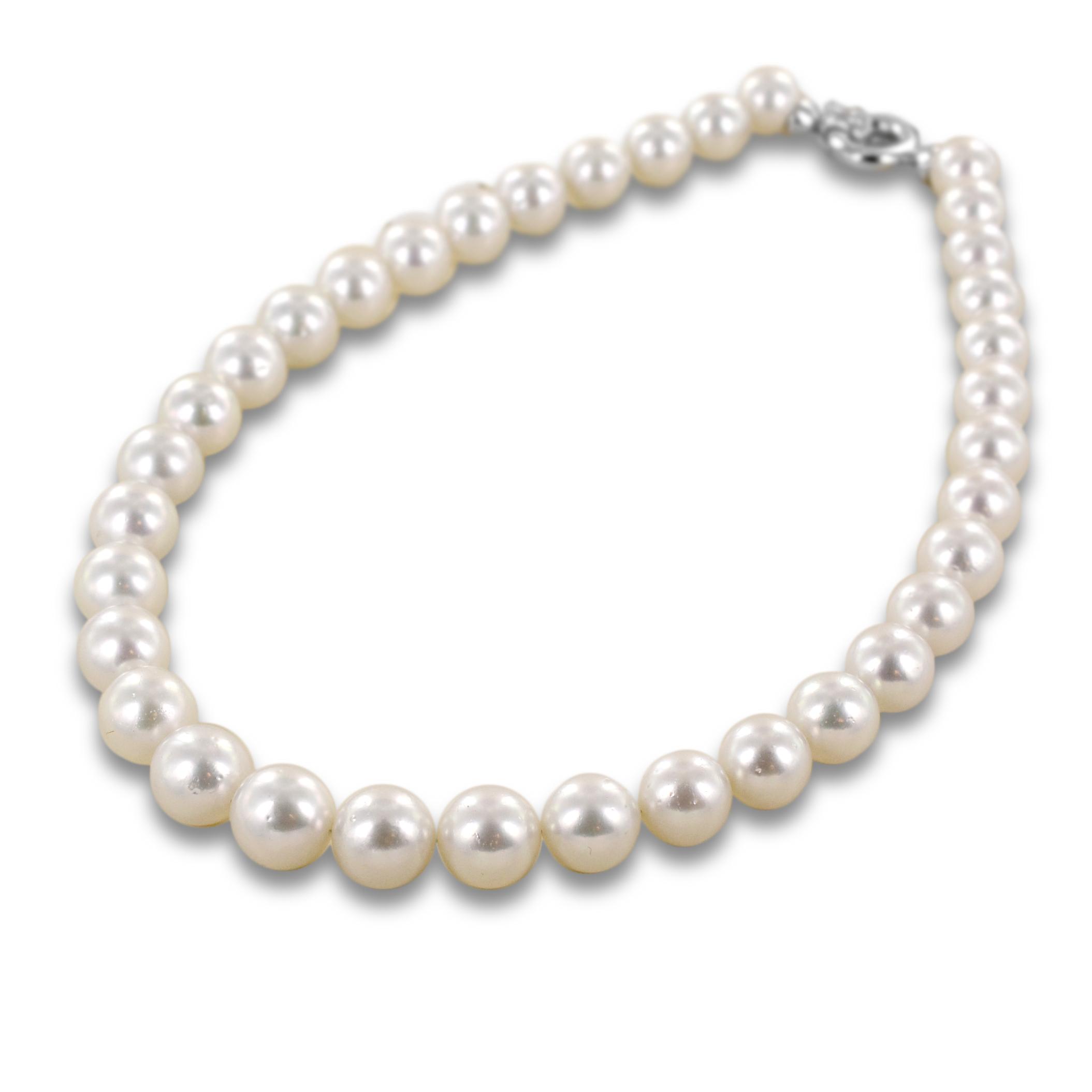collana-filo-di-perle-australiane-grandi-con-chiusura-in-oro-e-diamanti-yoshiko-161399